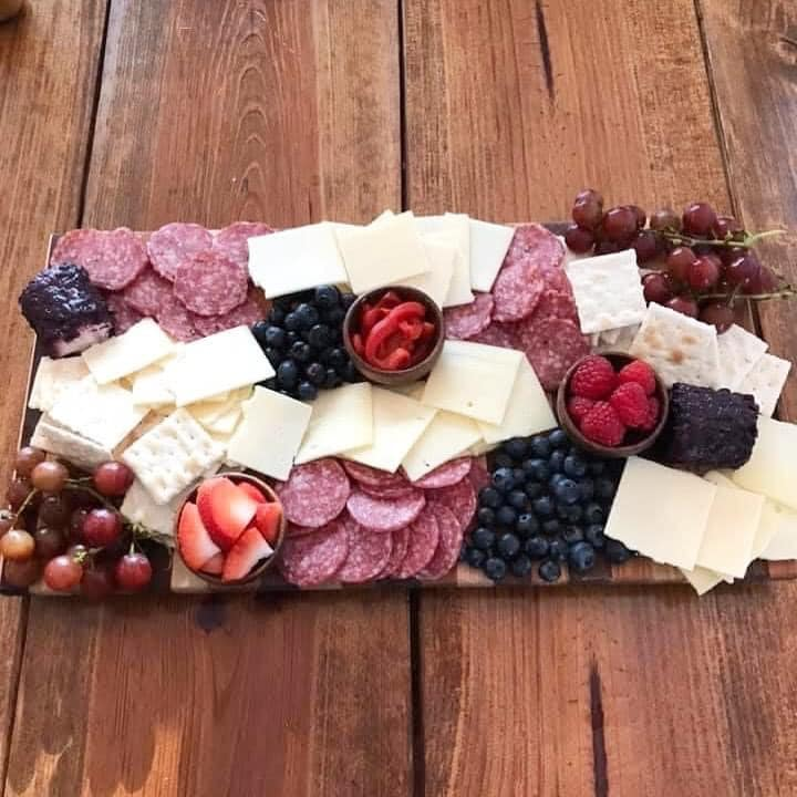 How to make a Red, White, and Blue Charcuterie Board